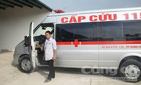Thuê xe cứu thương đi nộp hồ sơ xét tuyển đại học