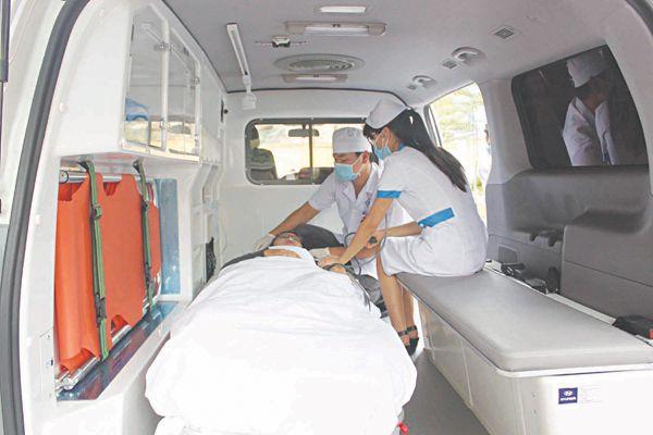 Sử dụng xe ô tô cứu thương đúng quy định